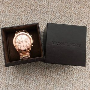 Like new, Rose Gold Michael Kors watch